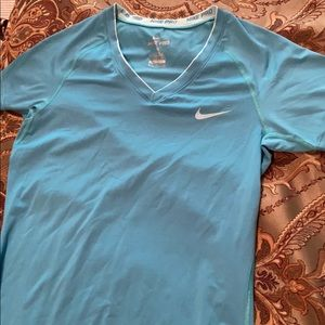 NIKE PRO new condition blue workout top